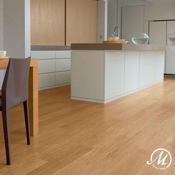 EL896 Eligna Natural Varnished Oak